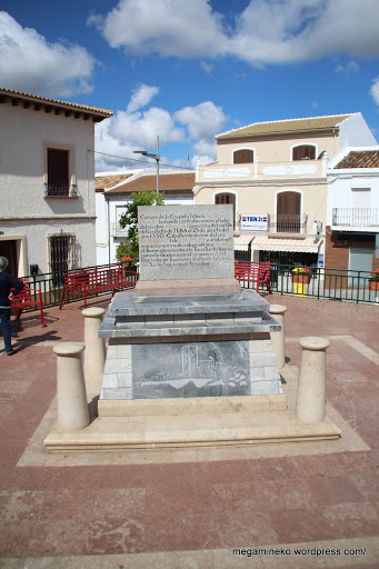 Teba monumento a sir james douglas